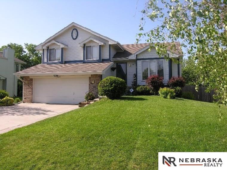 Rental Homes for Rent, ListingId:36093758, location: 7021 Valley La Vista 68128