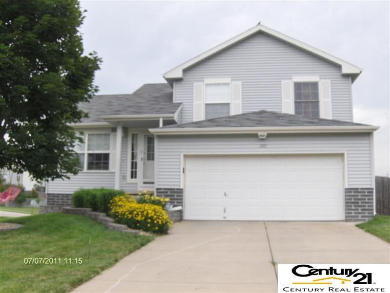 Rental Homes for Rent, ListingId:36737392, location: 3112 Lone Tree Bellevue 68123