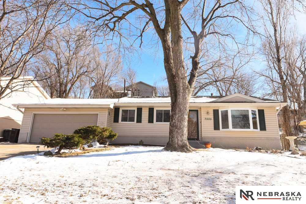 Real Estate for Sale, ListingId: 36911162, Omaha,NE68157