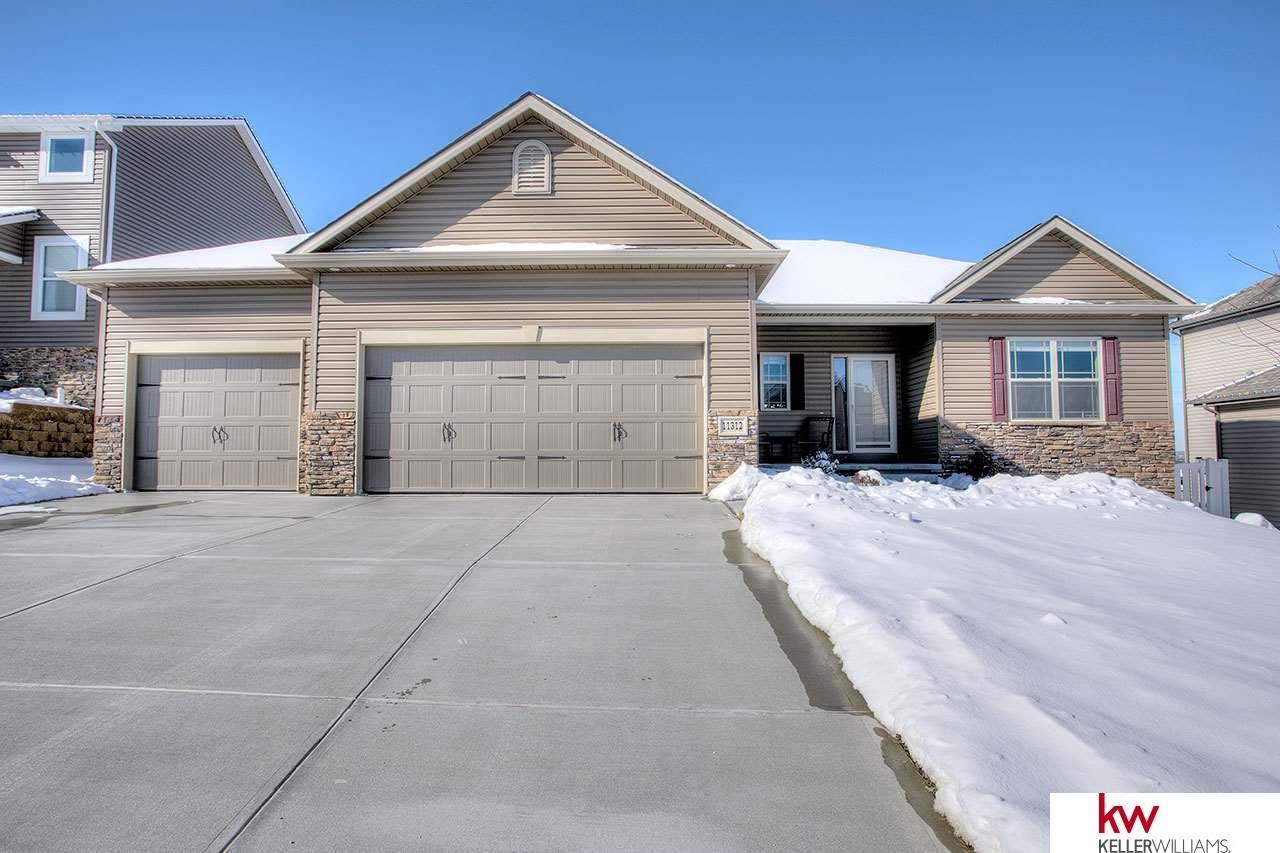 Real Estate for Sale, ListingId: 37232599, Papillion,NE68133