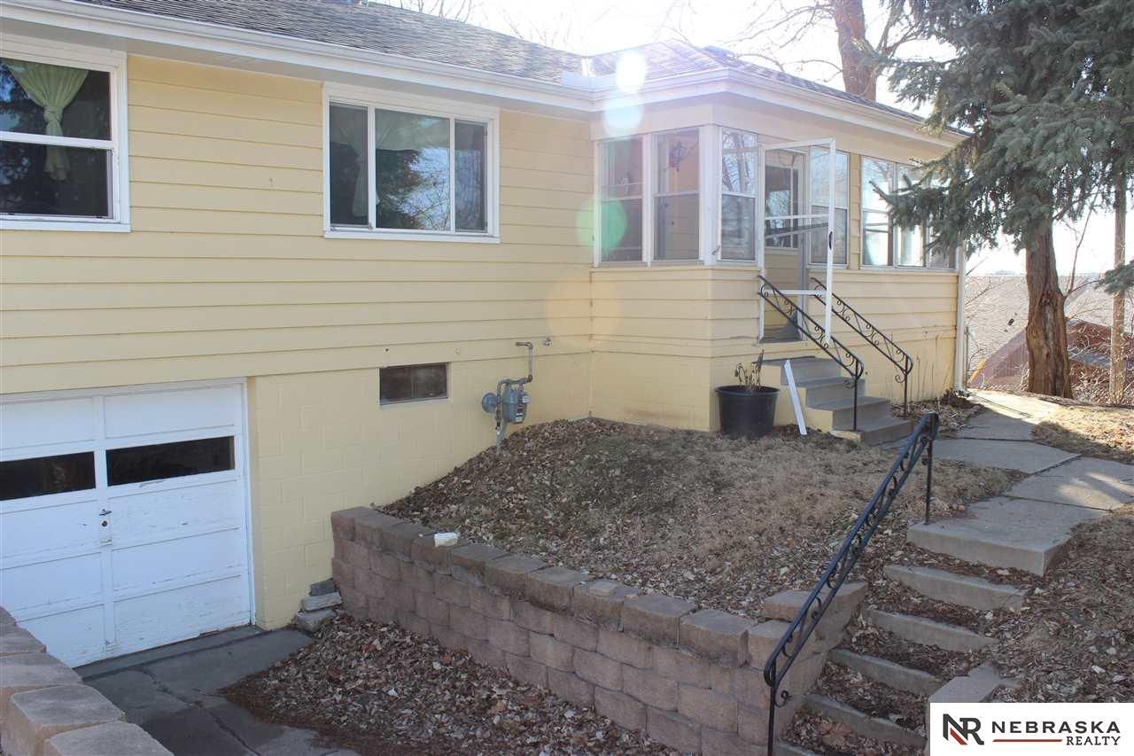 Photo of 2405 Chandler Road E  Bellevue  NE