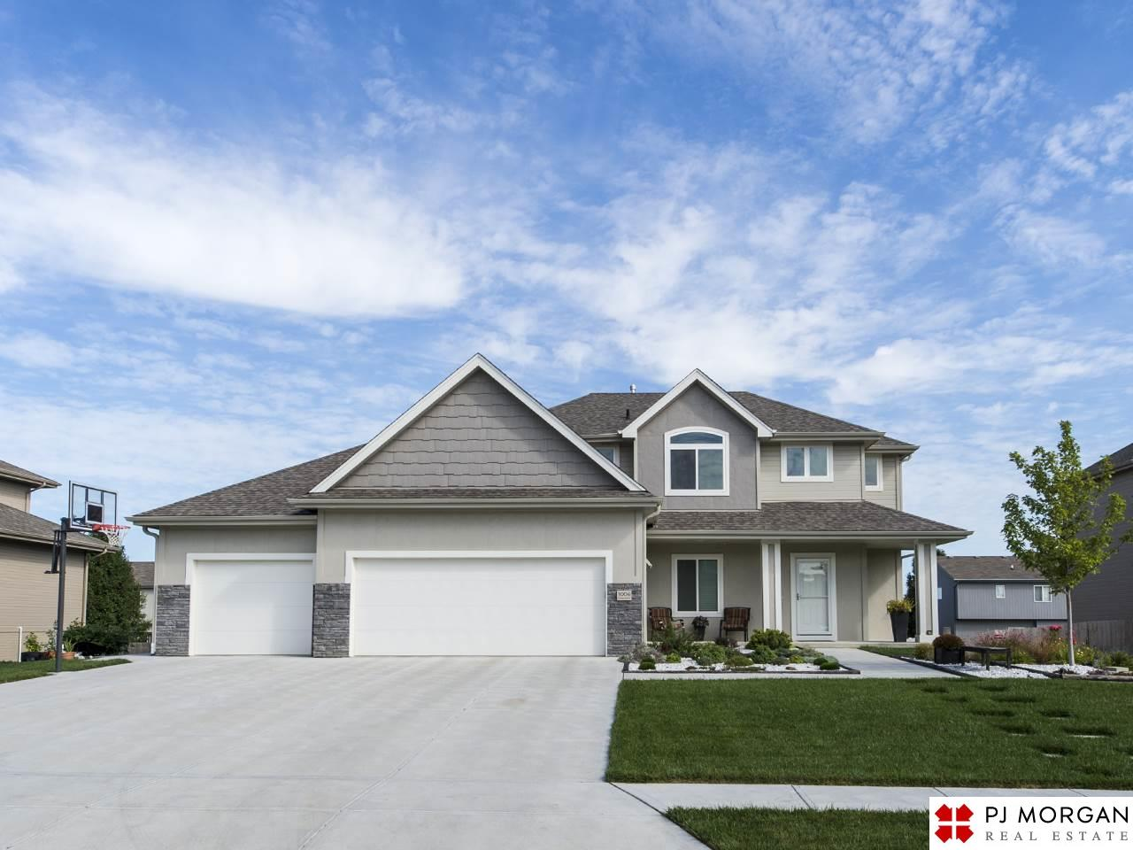 Photo of 1006 Clearwater Drive  Papillion  NE