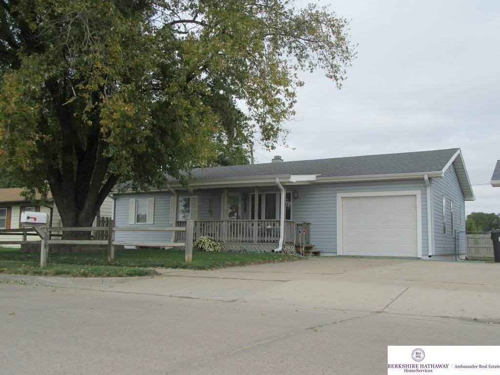 306 Empire Ave, Fremont, NE 68025