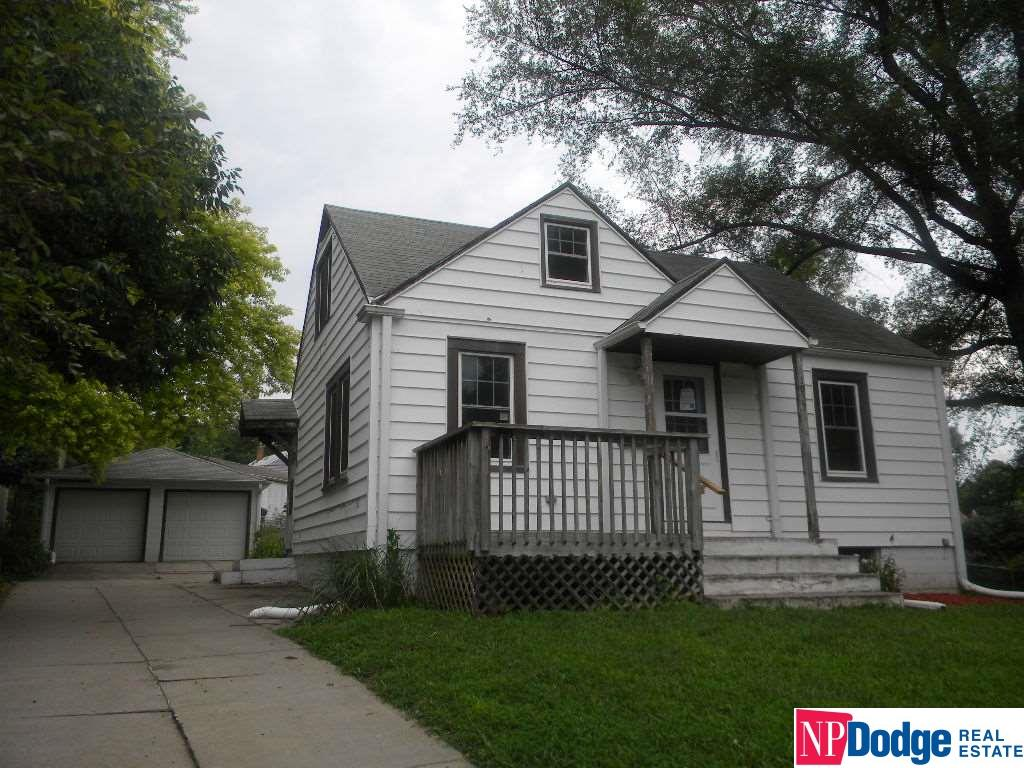 1.5 Story, Detached Housing - Bellevue, NE (photo 1)