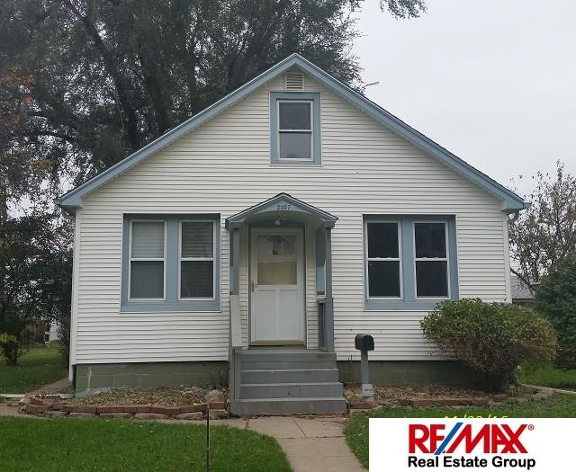 Photo of 2307 8th Avenue  Council Bluffs  IA