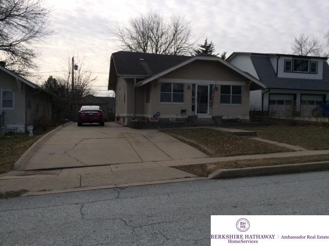 Photo of 7773 Oakwood Street  Ralston  NE