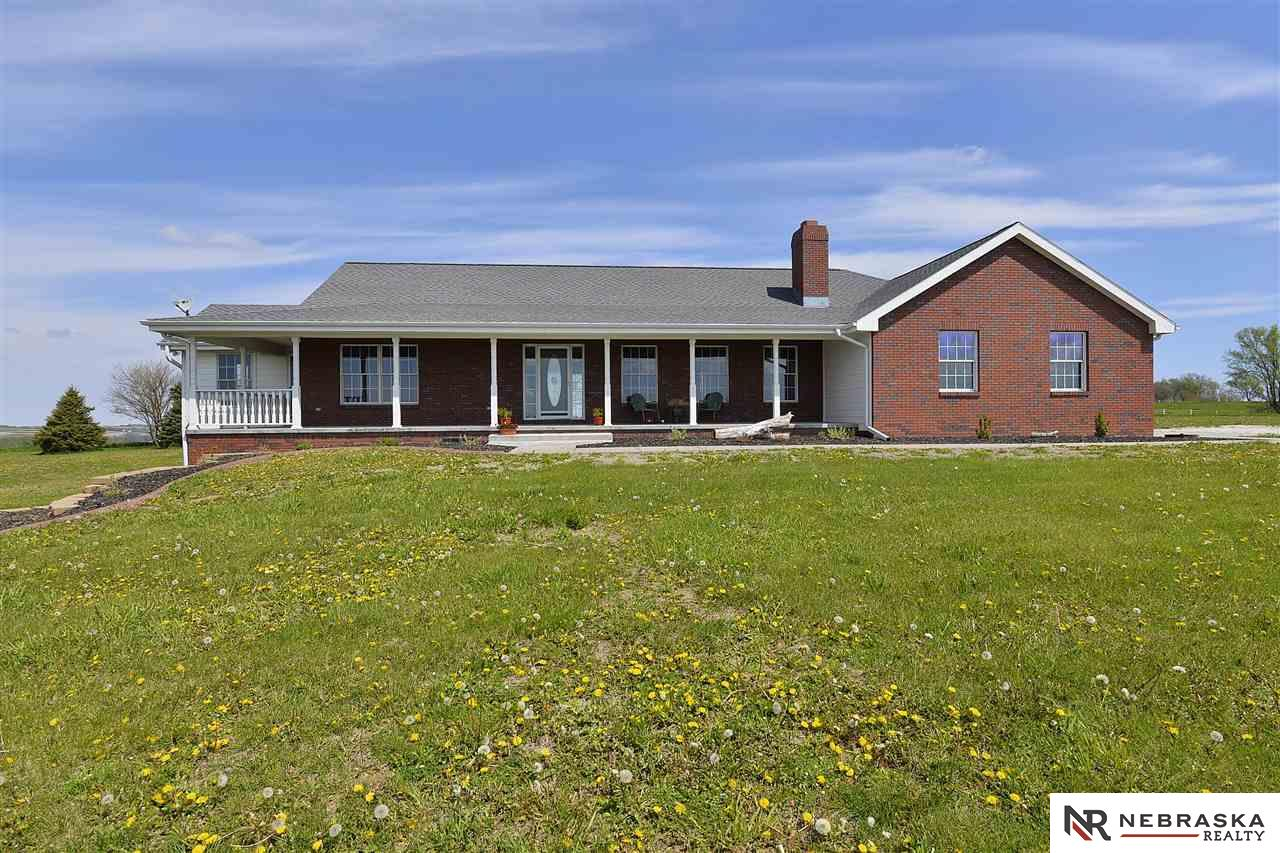 14320 County Road 40, Kennard, NE 68034