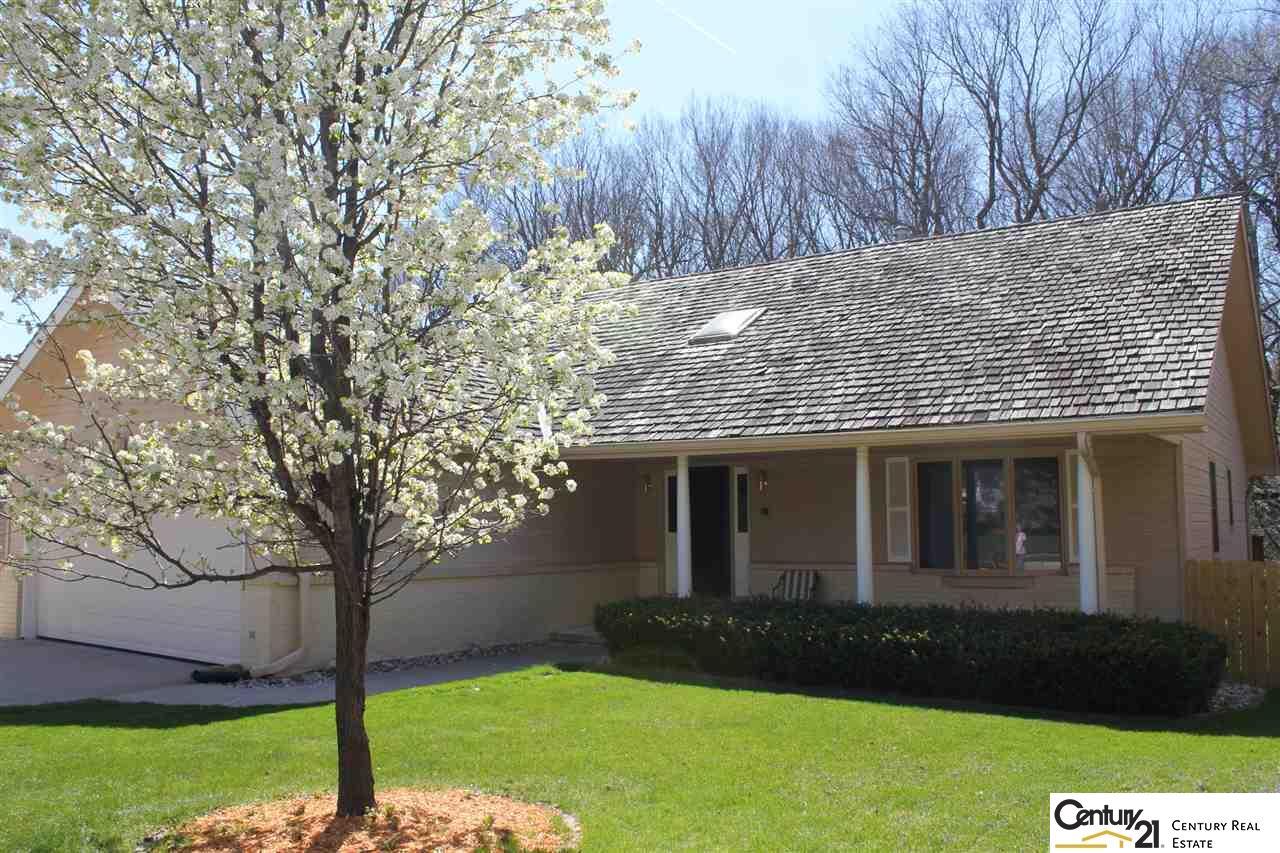 Photo of 106 Lafayette Lane  Bellevue  NE