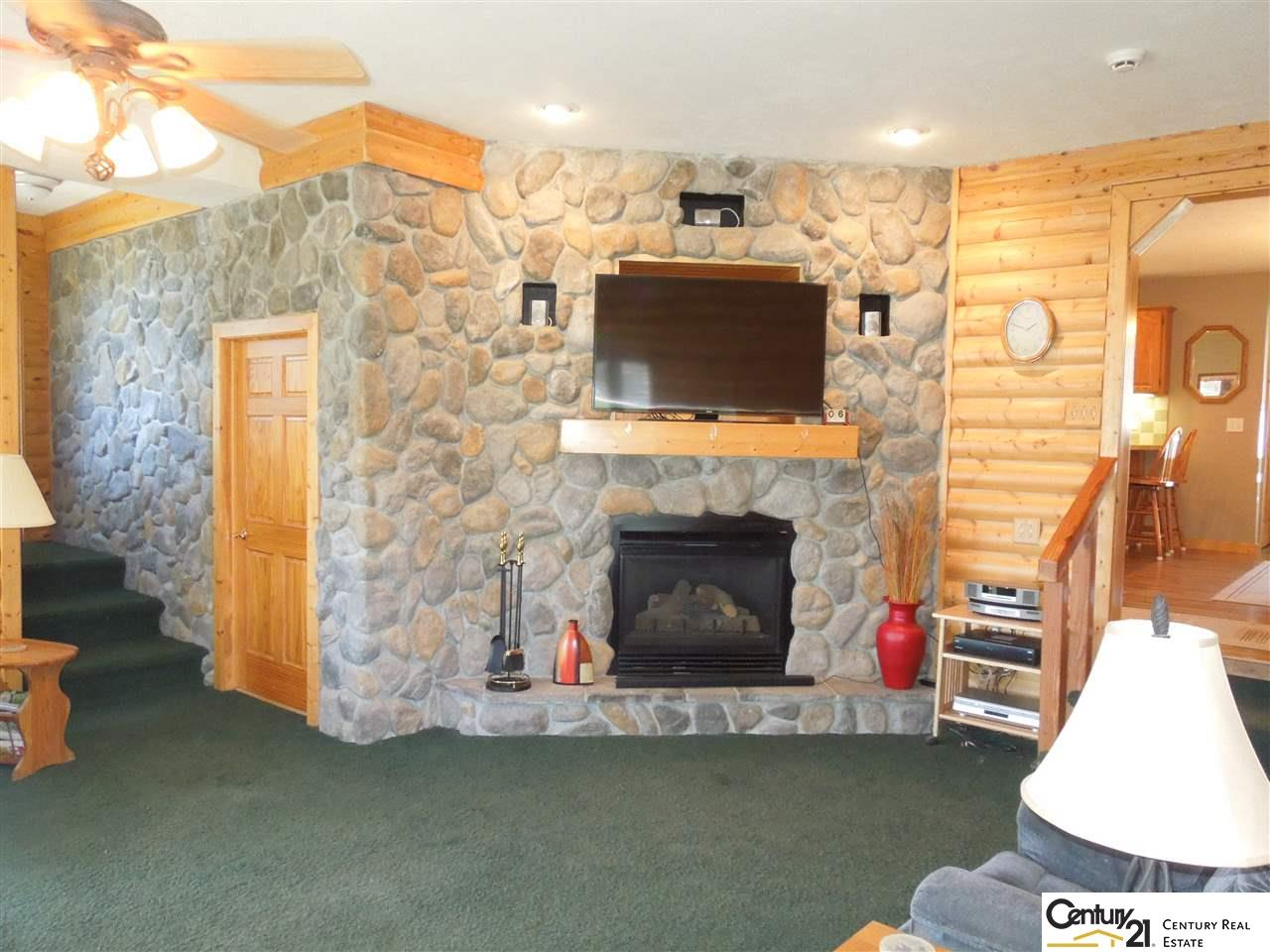 20643 Emerick Rd Pacific Junction, IA