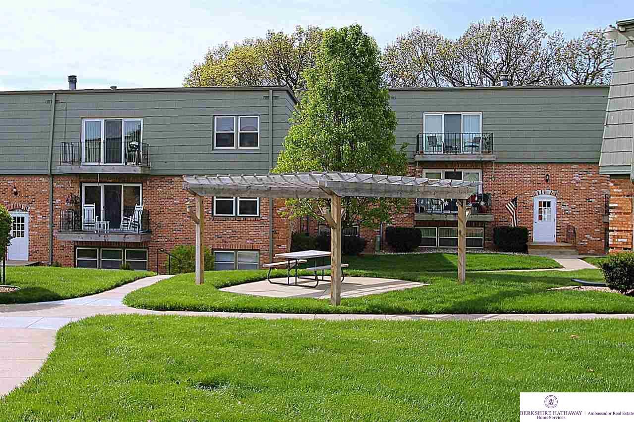 Photo of 12727 Woodcrest Plaza  Omaha  NE