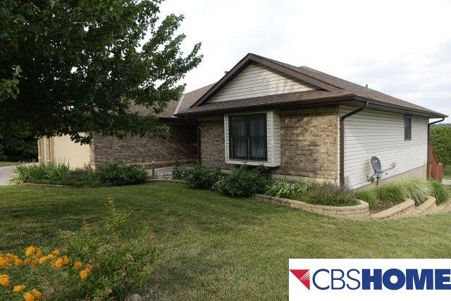 Photo of 808 Sandhill Road  Louisville  NE