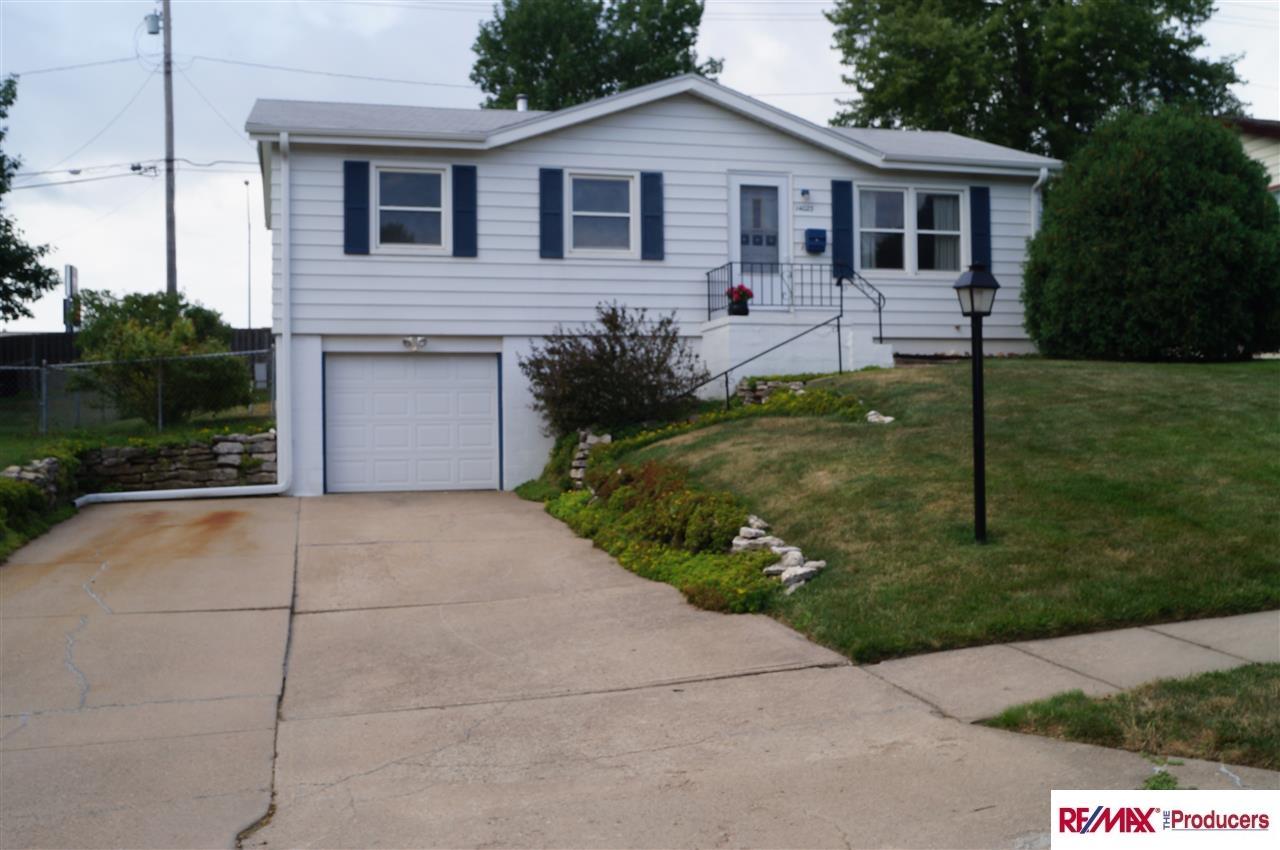 Photo of 14023 Weir Street  Omaha  NE