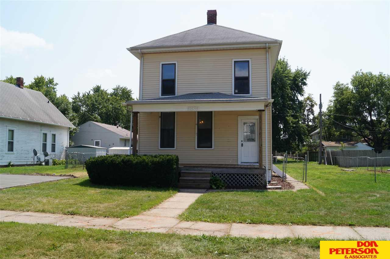Photo of 235 E 11th Street  Fremont  NE