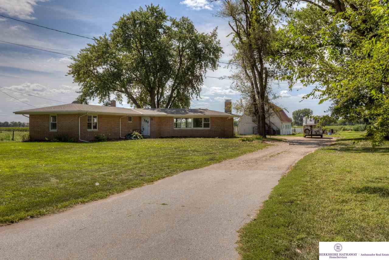 Photo of 1540 River Road Drive  Waterloo  NE