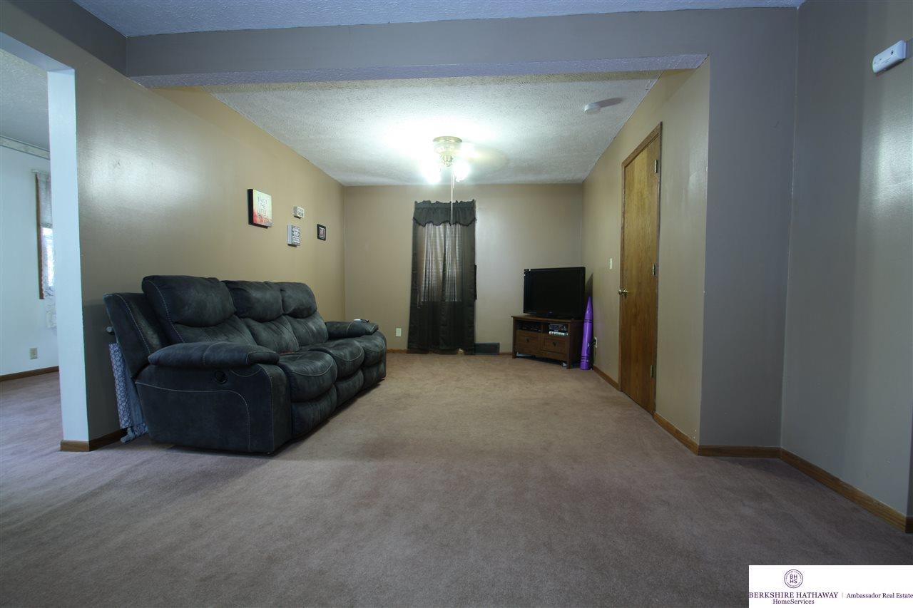 27115 Waverly Road, Murdock, NE 68407