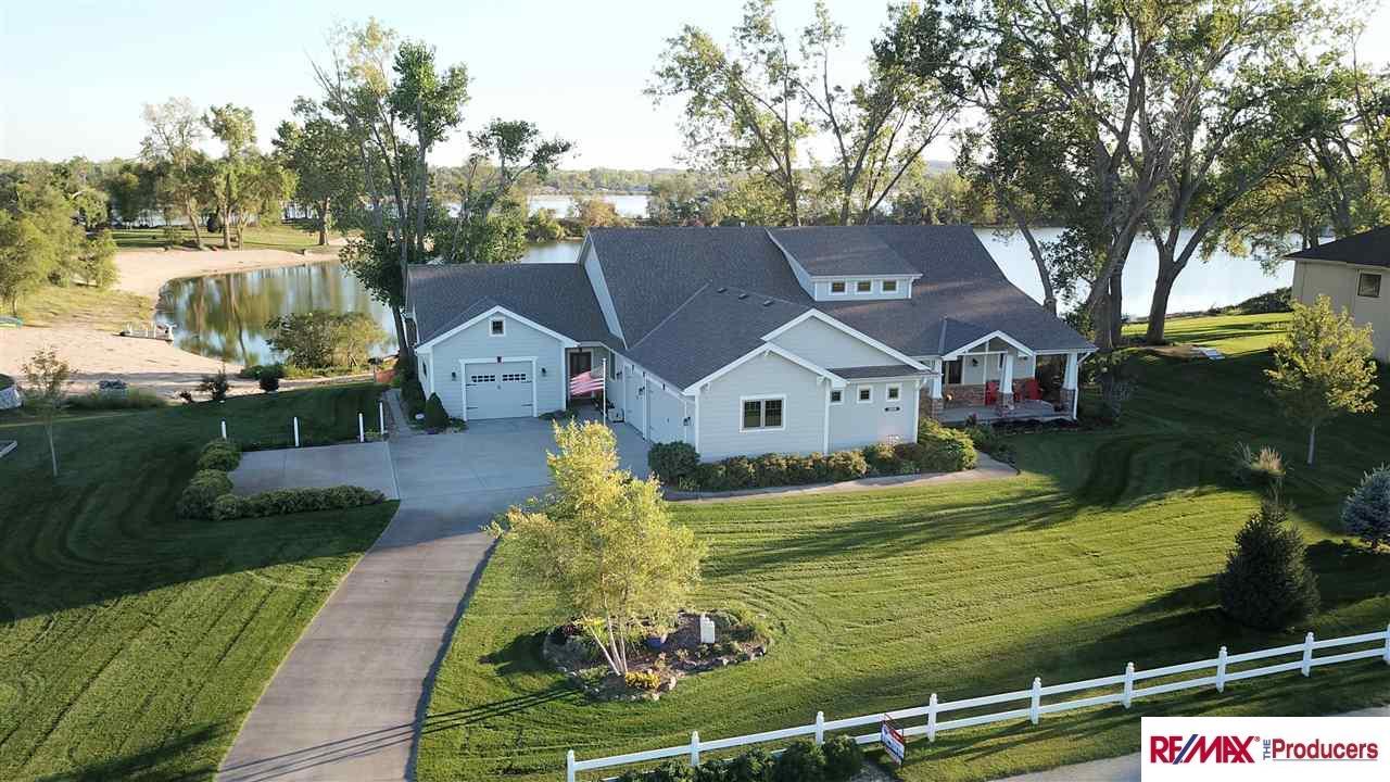 Photo of 12009 E Lake Drive  Springfield  NE