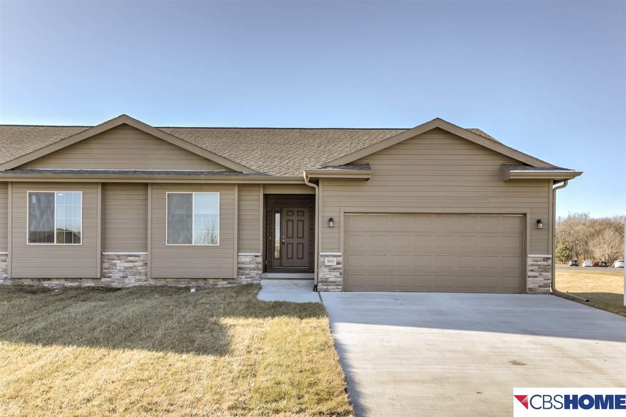 3043 Lakeside Drive, Plattsmouth, Nebraska