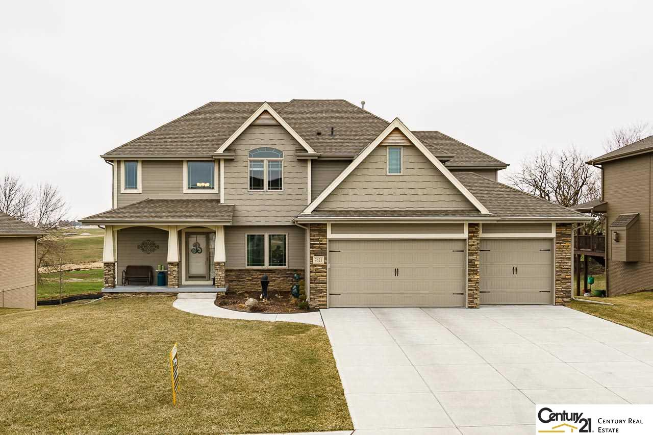7621 Leawood Street, Papillion in  County, NE 68046 Home for Sale