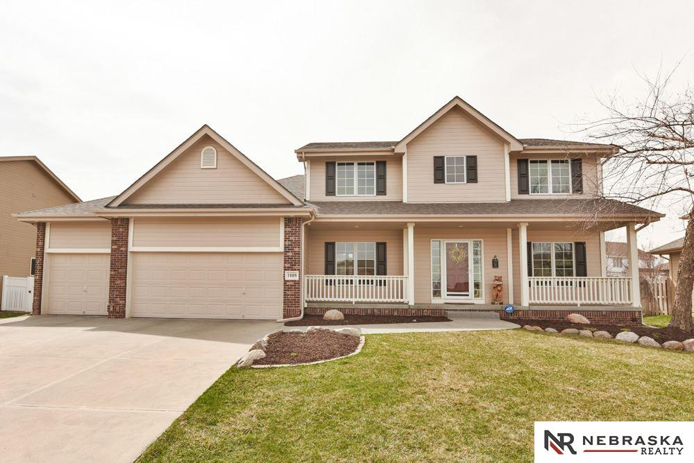 1009 Clearwater Drive, Papillion in  County, NE 68046 Home for Sale