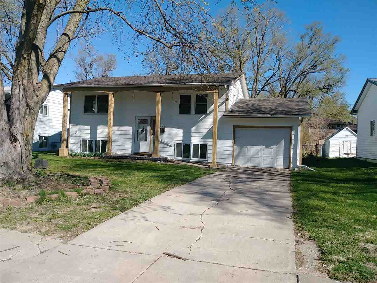 6302 Camden Avenue, Omaha-East, Nebraska