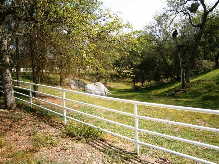 Image of Residential for Sale near Exeter, California, in Tulare county: 57.53 acres