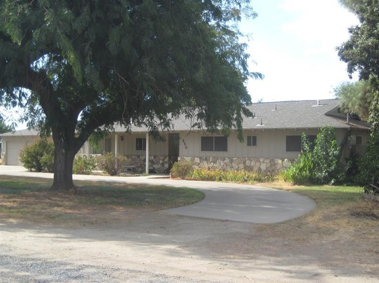 Image of Residential for Sale near Exeter, California, in Tulare county: 2.60 acres