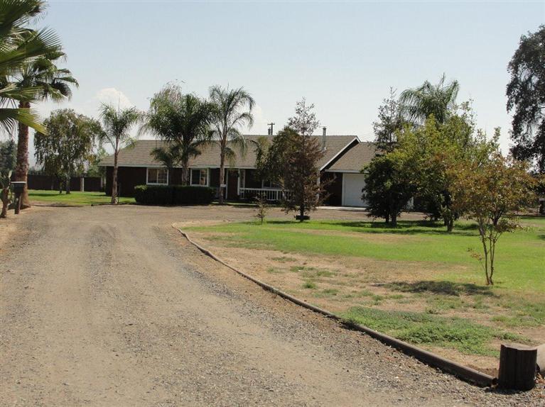 3.52 acres Lindsay, CA