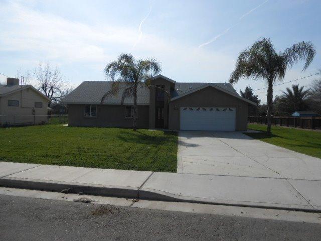 785 La Vida Ave, Porterville, CA 93257