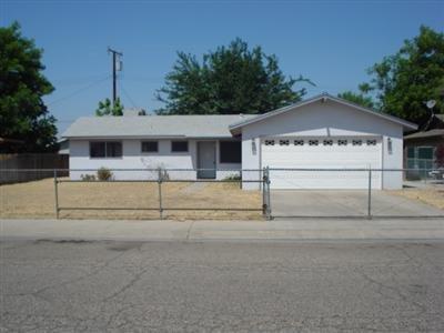 289 Balmoral Dr, Porterville, CA 93257