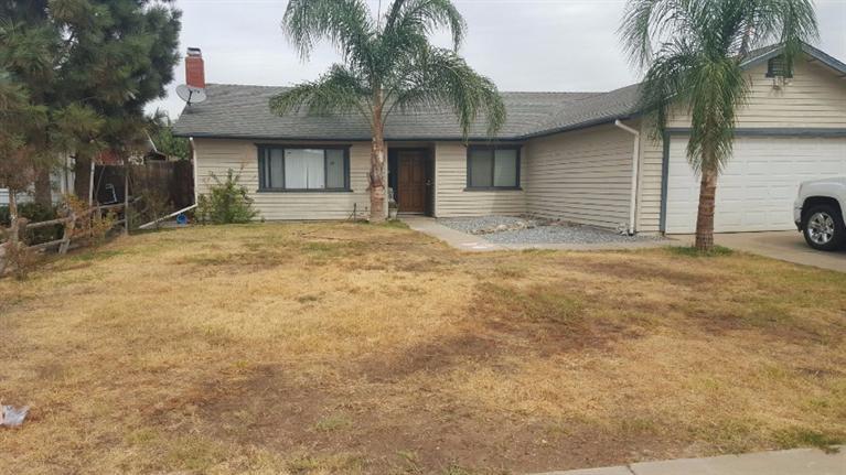 1120 E Thurman Ave, Porterville, CA 93257