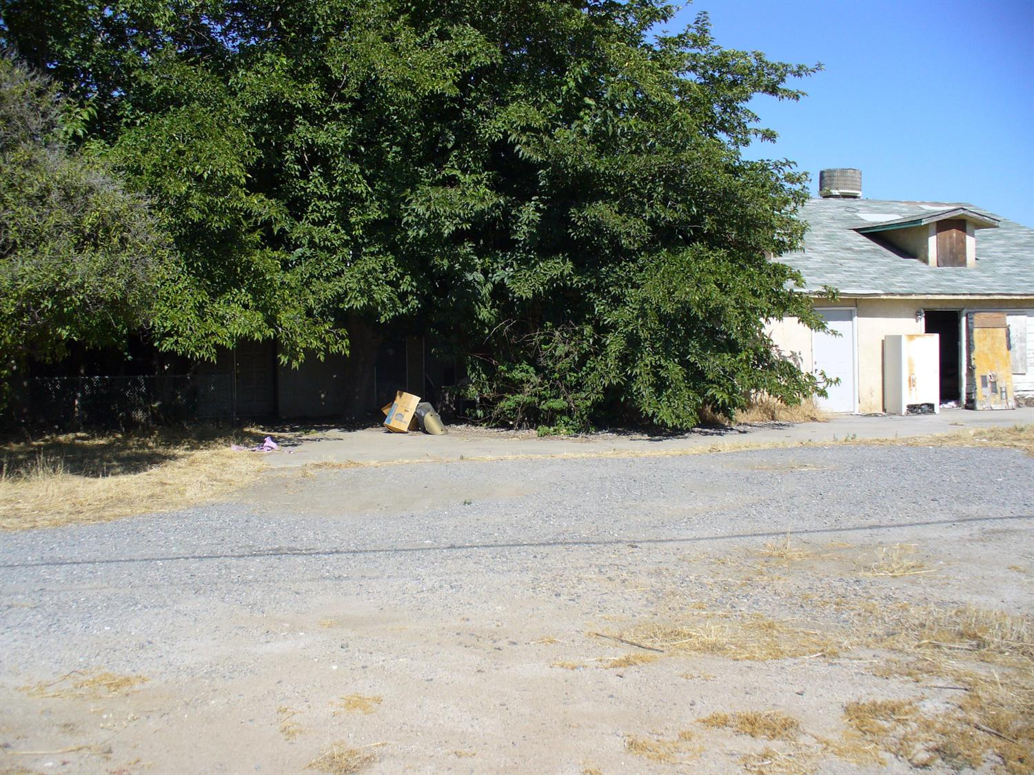 Photo of 1560 South Main Street  Porterville  CA