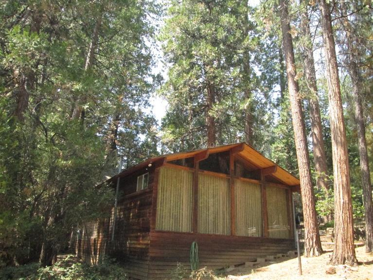 Photo of 625  Legar Drive  Camp Nelson  CA