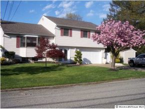 Single Family Home for Sale, ListingId:28003009, location: 719 Forepeak Ave Beachwood 08722