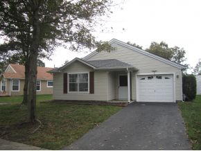 Rental Homes for Rent, ListingId:30315453, location: 6 Tall Hedge Ct Barnegat 08005