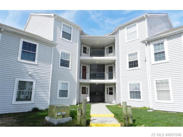 Rental Homes for Rent, ListingId:32894689, location: 619 Waters Edge Drive Toms River 08753