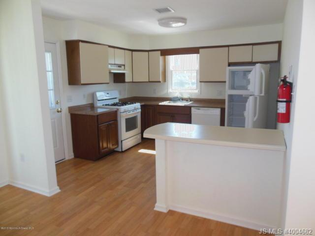 Rental Homes for Rent, ListingId:33978528, location: 1701 Route 35 Highway Toms River 08753