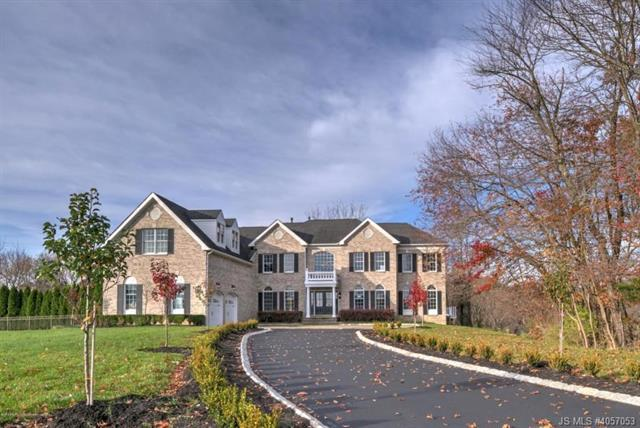 820 Dancer Lane, Manalapan, New Jersey