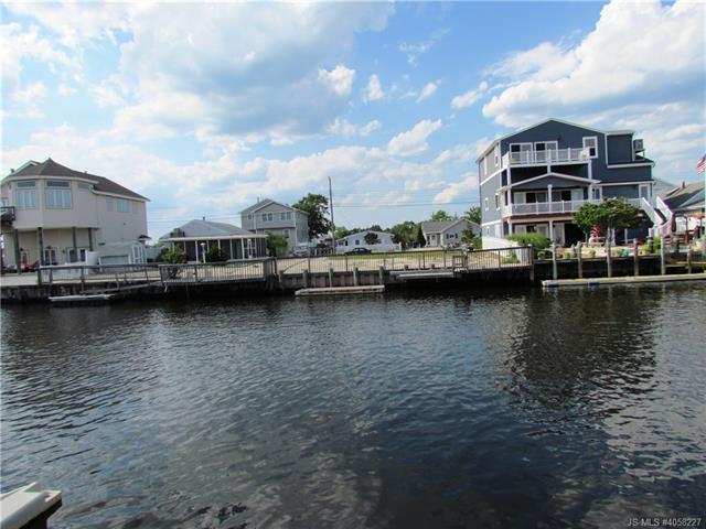 21 Lake Saint Clair Drive Little Egg Harbor, NJ 08087