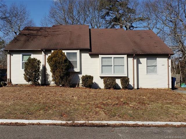 105 W Winged Foot Court Little Egg Harbor, NJ 08087