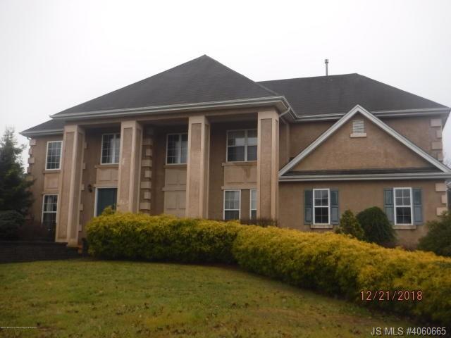 14 Stonehenge Court, Jackson in Ocean County, NJ 08527 Home for Sale