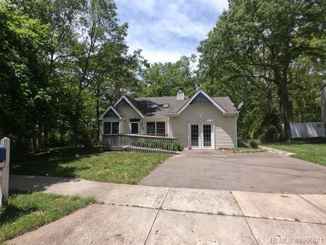 One of Barnegat 3 Bedroom Homes for Sale at 118 Ravenwood Boulevard