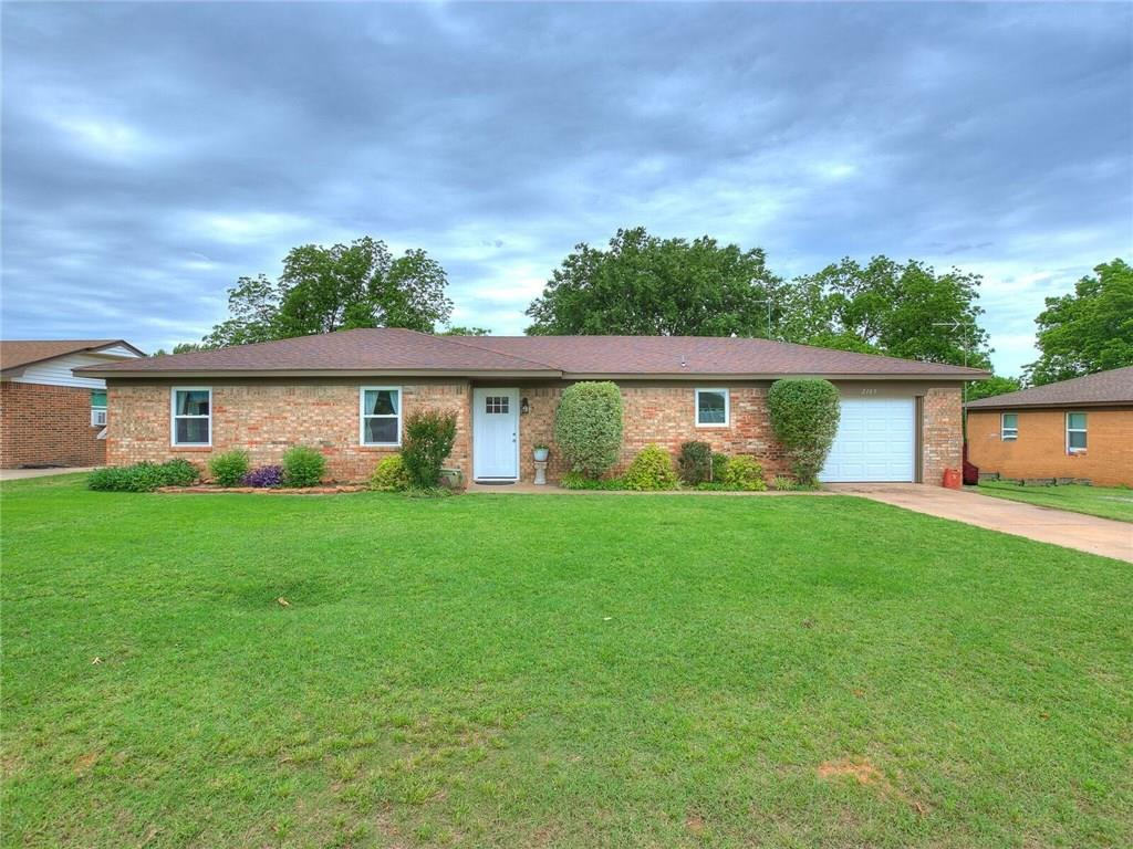 Photo of 2105 Polly Place  Guthrie  OK