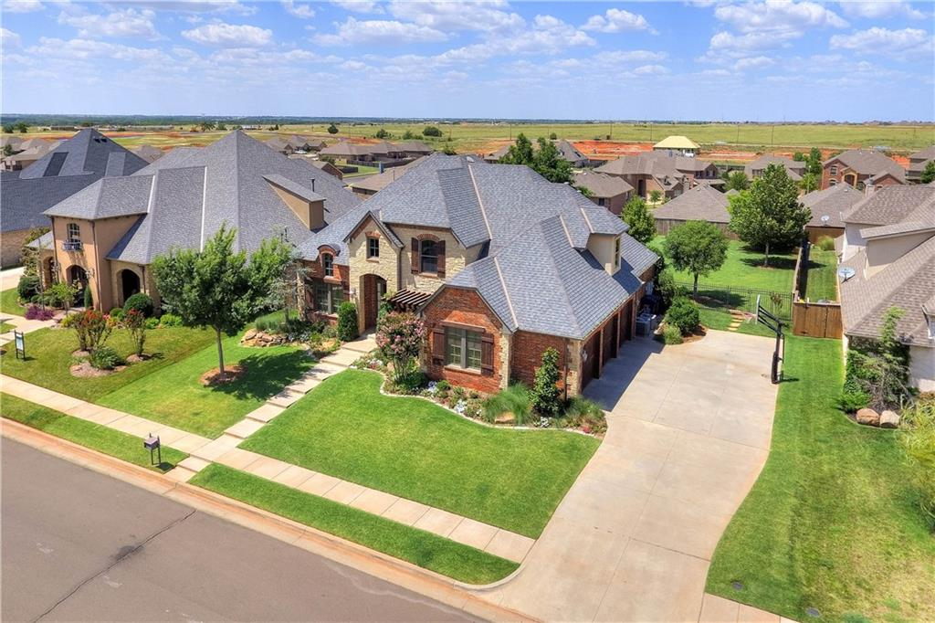 Traditional, Single Family - Edmond, OK (photo 2)