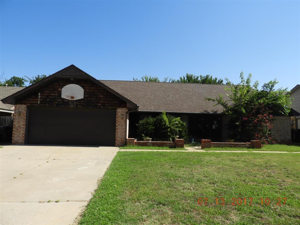 Photo of 8217 Willow Creek Boulevard  Oklahoma City  OK