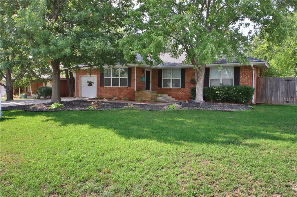 1717 Westminster PL, Nichols Hills in Oklahoma County, OK 73120 Home for Sale