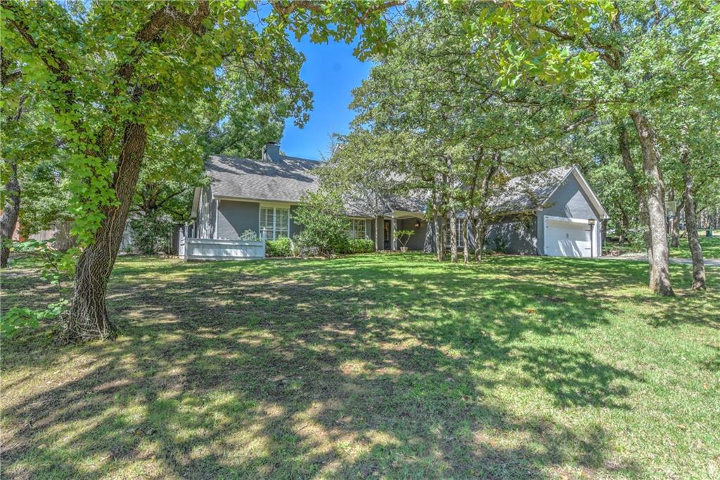 primary photo for 405 Crown Colony Road, Edmond, OK 73034, US