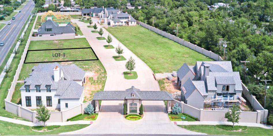 One of Oklahoma City NW Homes for Sale at 8409 Stonehurst Court