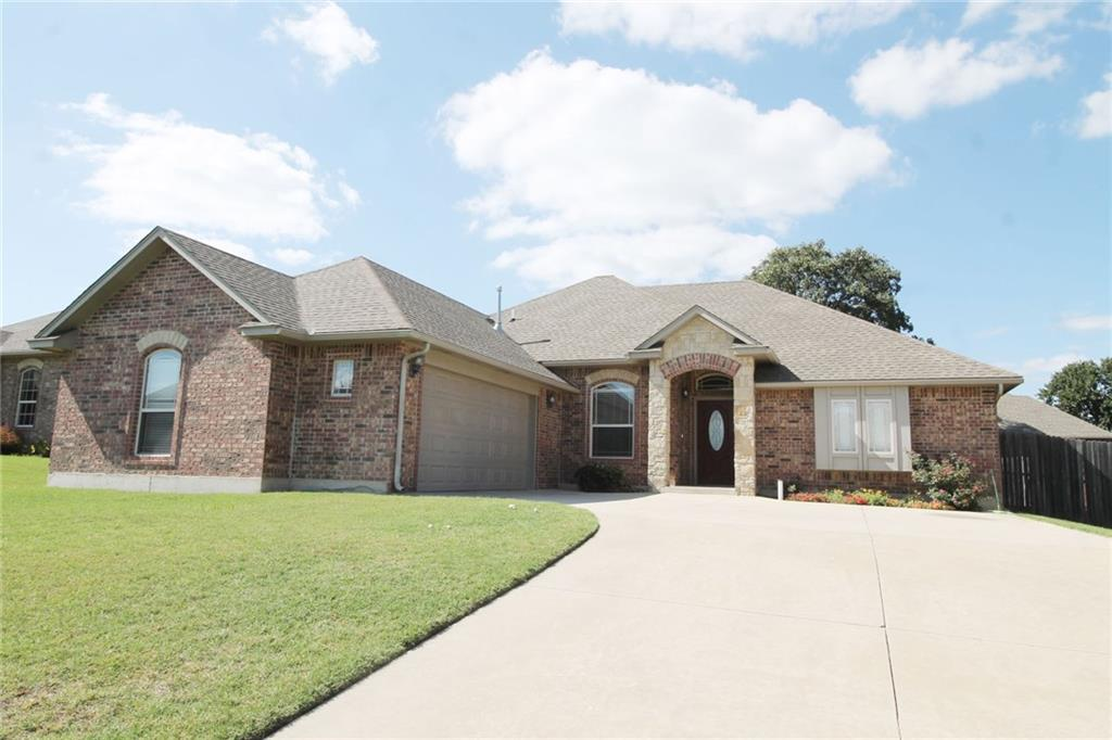Photo of 10825 Taylor Paige Drive  Midwest City  OK