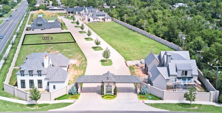 One of Oklahoma City NW Homes for Sale at 8413 Stonehurst Court