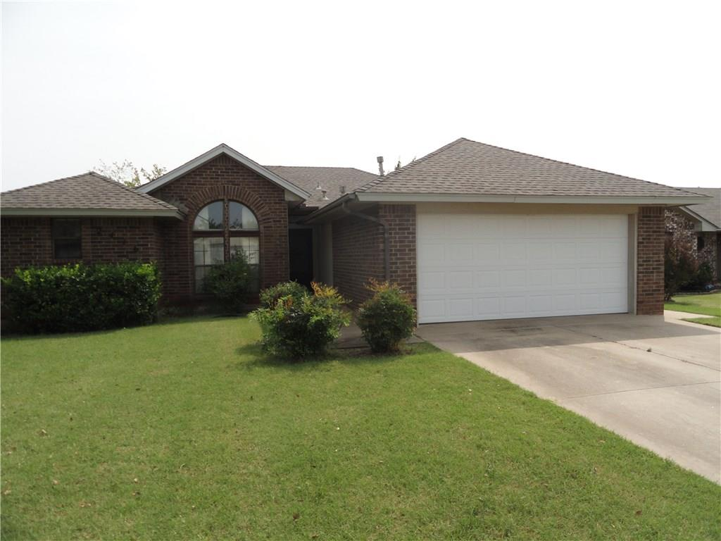 Photo of 2416 W Park Place  Moore  OK
